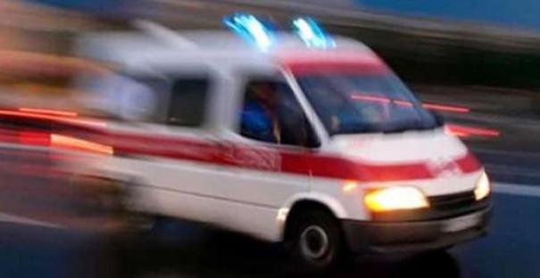 Çeltik yüklerken düşüp yaralandı