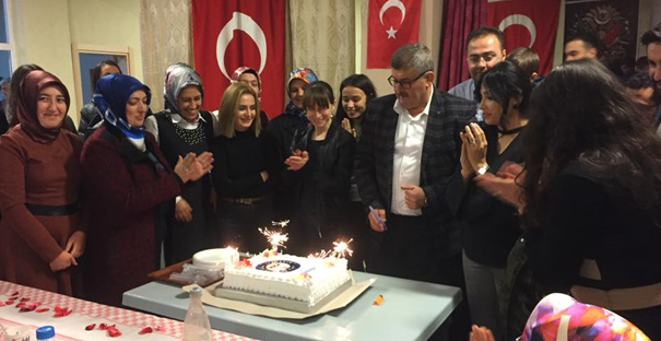 Atatürk İlkokulu'nda Öğretmenler Günü kutlaması