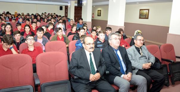 """Kargı ÇPL'de """"Peygamber ve Gençlik"""" konferansı"""