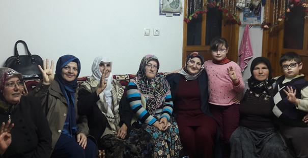 Ak Parti Kadın Kolları, ziyaretlerini sürdürüyor