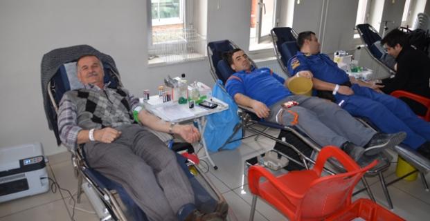 Jandarma'dan kan bağışı kampanyasına destek