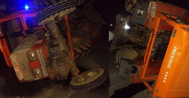 Kargı'da traktör devrildi
