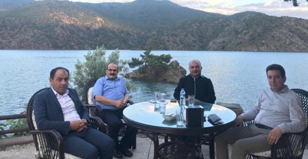 Belediye Başkanları Oğuzlar'da toplantı yaptı