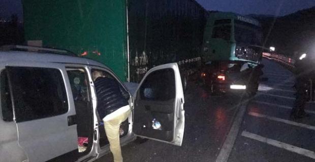 Kargı'da zincirleme trafik kazası: 2 yaralı