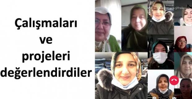 Ak Kadınlar telekonferans ile toplandı