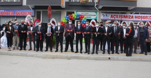 Kariyer Akademi Kargı'daki öğrencileri de bekliyor