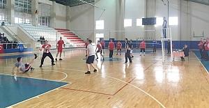 Voleybol Turnuvası başladı