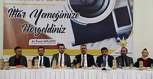 AK Parti, basın mensuplarını iftarda buluşturdu
