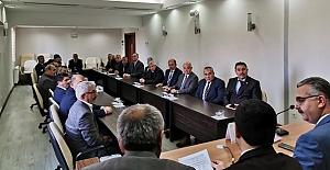 Devrez ve Kabakcı grup toplantısına katıldı