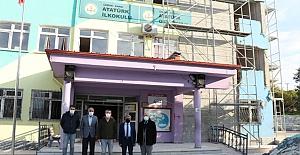 Kargı'daki güçlendirme yapılan okulları inceledi