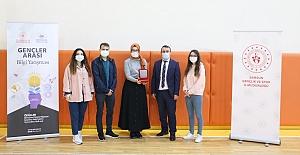 Kargılı Nisa bilgi yarışması il birincisi oldu