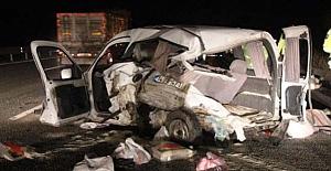 Kargılı aile kaza yaptı: 1 ölü, 1 yaralı