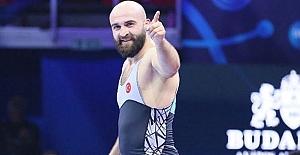 Kargılı Emrah Kuş Dünya Şampiyonu!