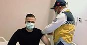 Başhekim Demir, koronavirüs aşısı oldu